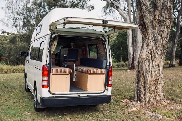 Hippie Hitop camper huren Australie