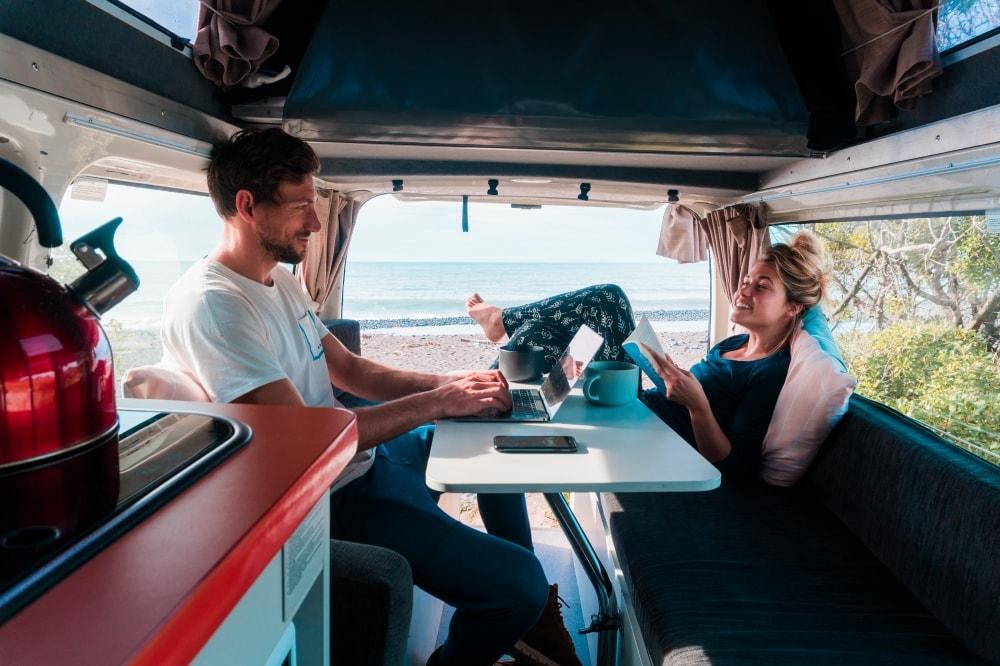 De Kuga camper huren van Travellers Autobarn en maak de mooiste camper route door Australie