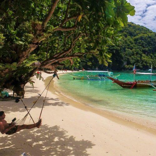 Relaxen op het strand met de Filipijnen Wanderer Groepsreis