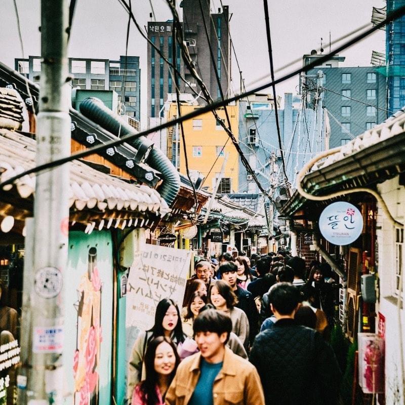 Smalle straten van Seoul verkennen met de Zuid-Korea Groepsreis