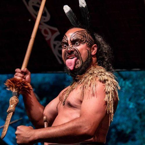 Leer de Haka dans tijdens de Nieuw-Zeeland Frontal Groepsreis