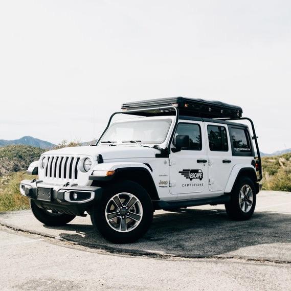 Escape Jeep Camper in Amerika