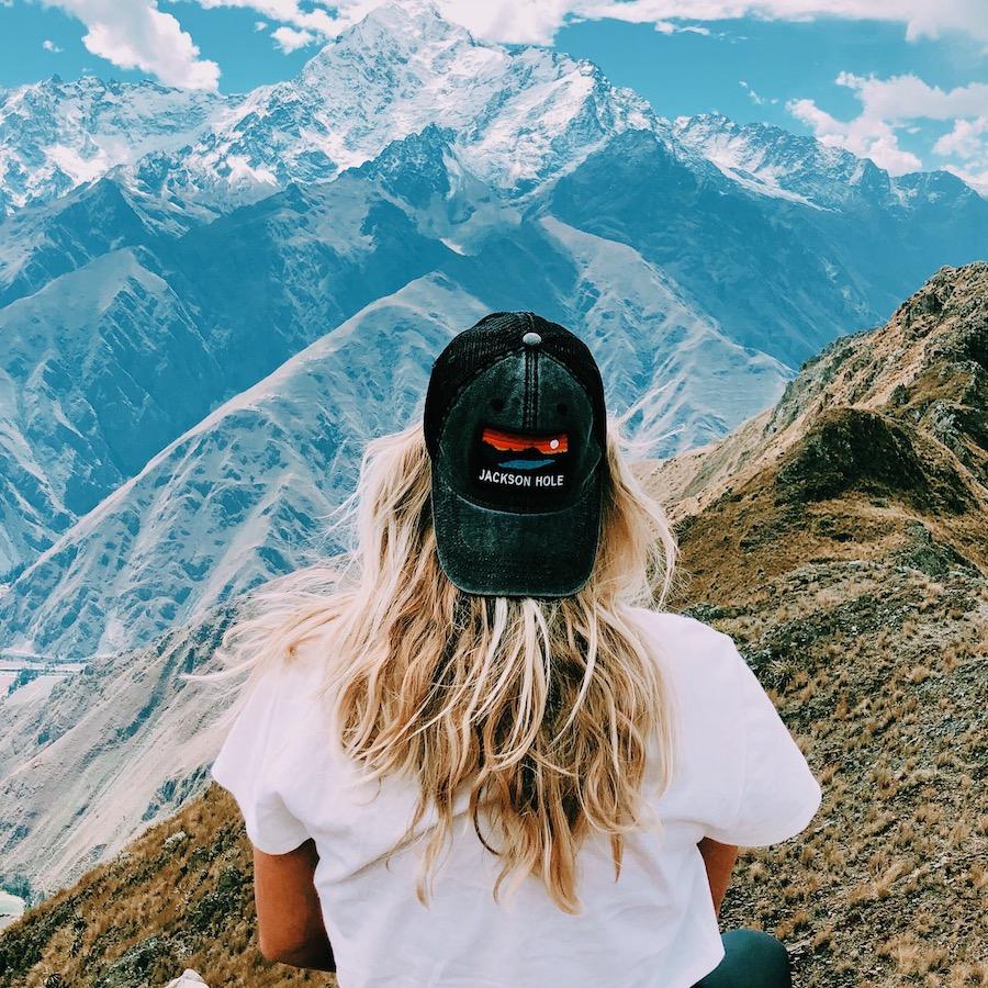 Hike door de bergen met de Peru Inca Groepsreis