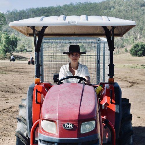 Boerderijwerk in Australie met een gegarnandeerde baan 2