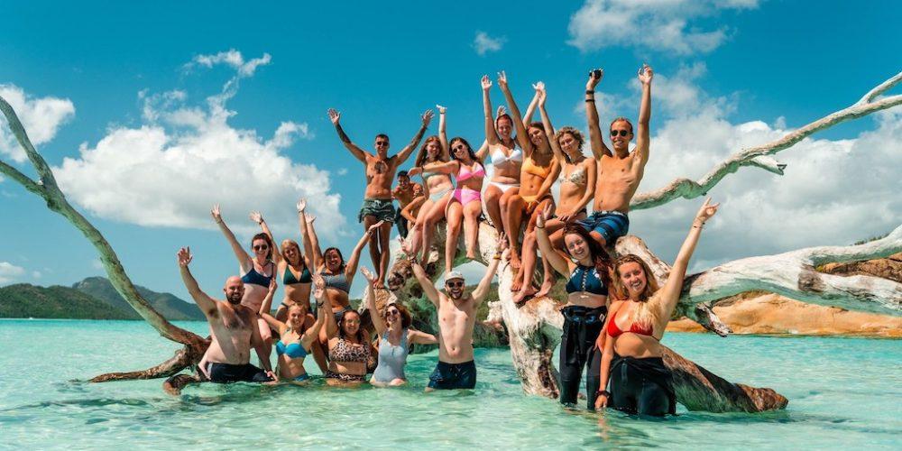 Groep reisgenoten tijdens de Oostkust Experience jongerenreizen