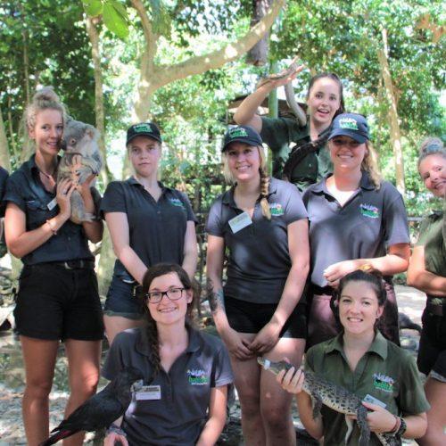 Groep vrijwilligers bij het Wildlife Habitat Project