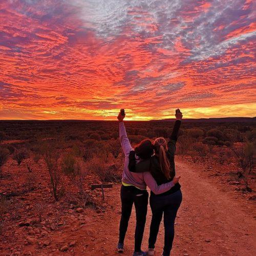 Zonsondergang tijdens de Great Outback groepsreis