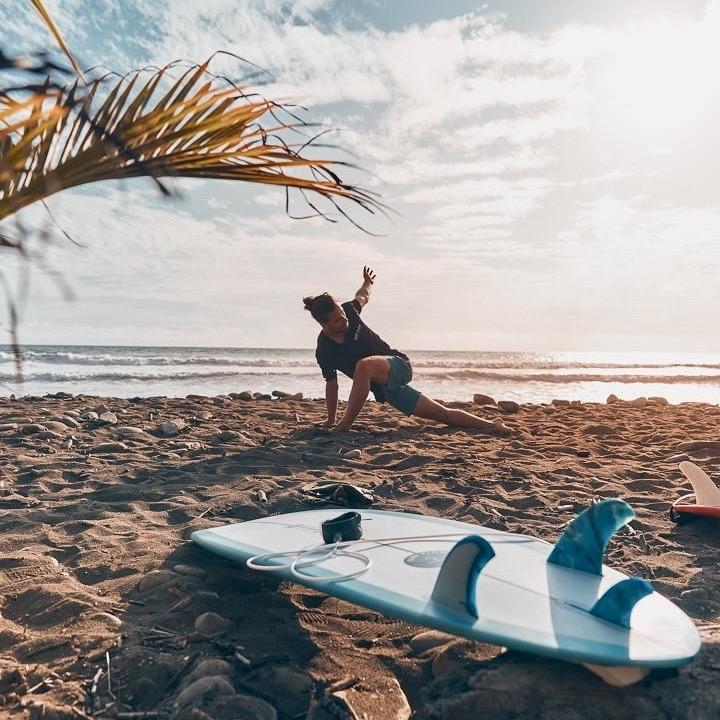 Met Bali Surf & Stay doe je yoga in de ochtend
