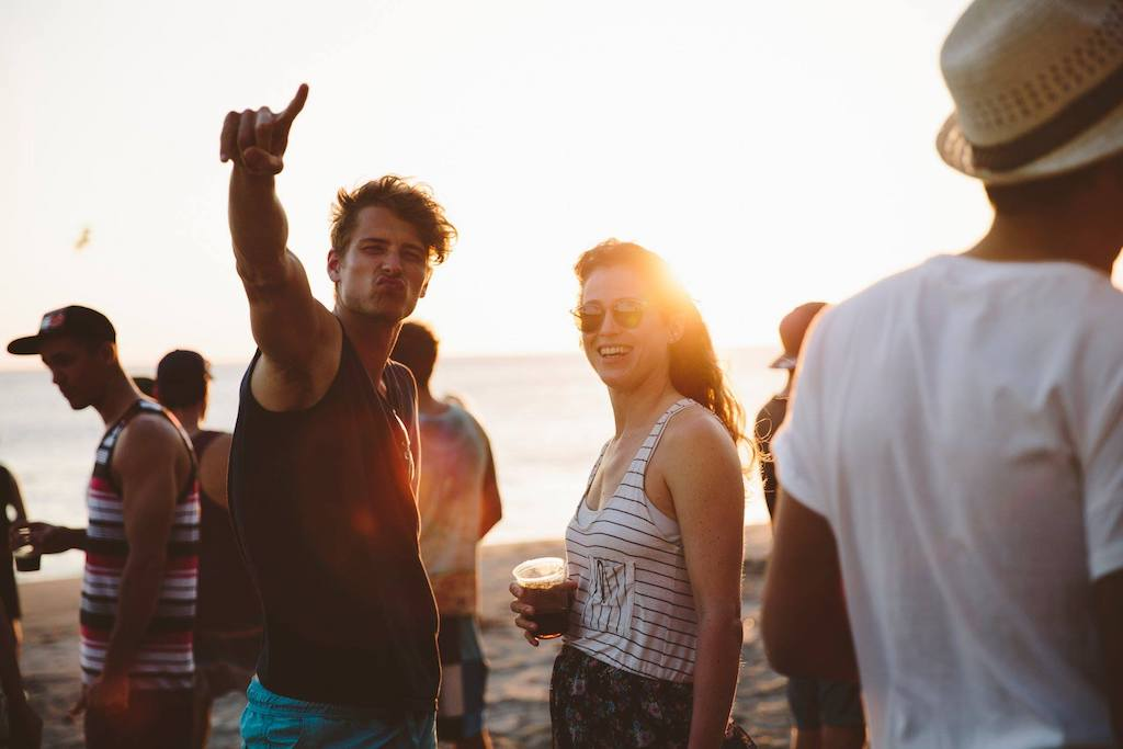 Strandfeestje Nicaragua surfkamp