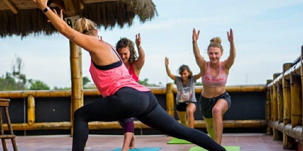Yoga in Montanita