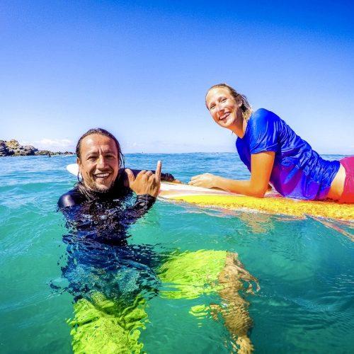 Surfles van ervaren surfleraar in het Surfkamp Mexico