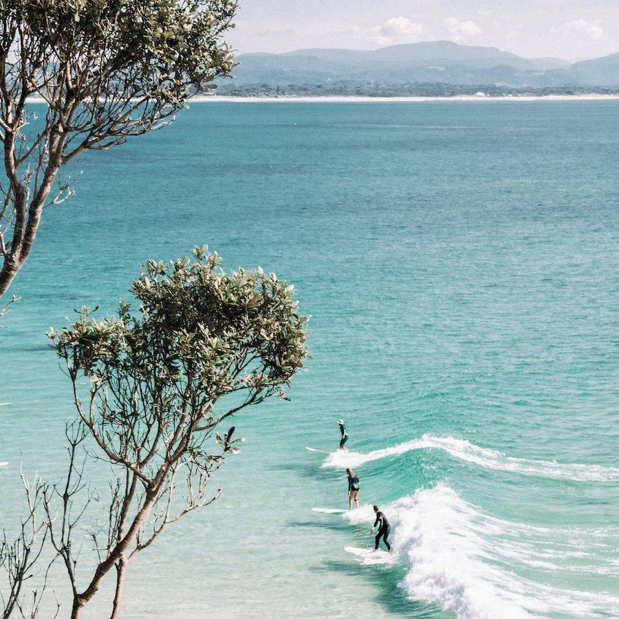 Surflessen in het surfkamp adventure Byron Bay
