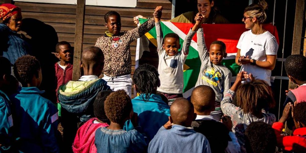 De winnaar van een sport wedstrijd op een school in Kaapstad