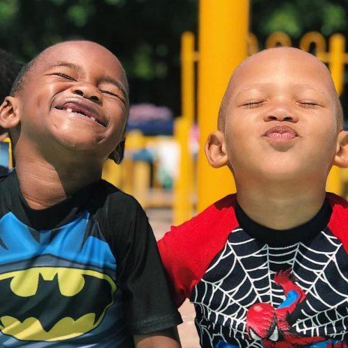 Glimlach op de gezichtjes van de kinderen in Kaapstad Zuid-Afrika