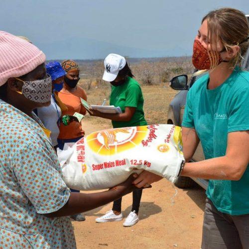 Help de community in Zuid-Afrika