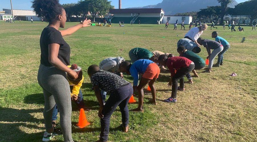 Leuke sportlessen ontwikkeling voor de kinderen in Kaapstad