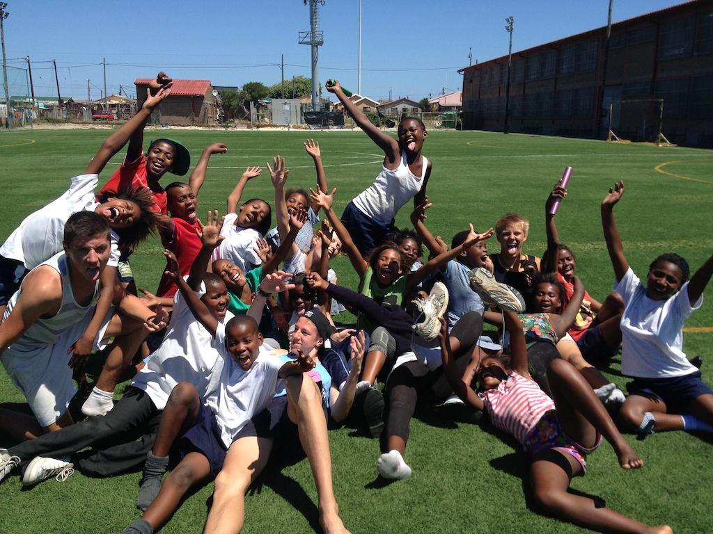 Lol maken tijdens vrijwilligerswerk in Zuid-Afrika