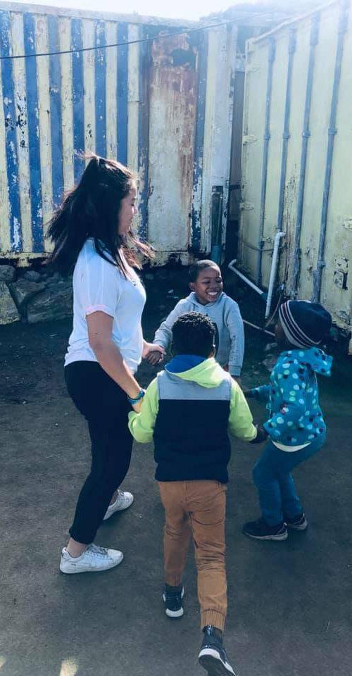 Maak kinderen blij met sport activiteiten in Zuid-Afrika