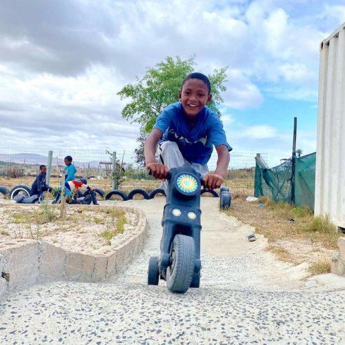 Naschoolse activiteiten voor de kinderen uit townships