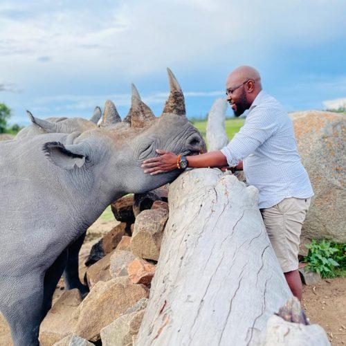 Neushoorns beschermen in Afrika met vrijwilligerswerk