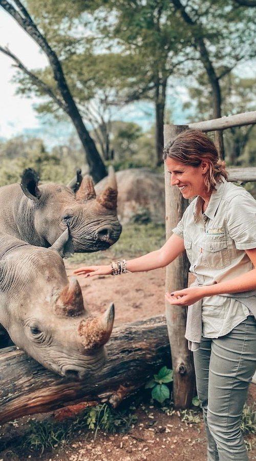 Veel voldoening halen uit Neushoorn en Olifanten vrijwilligerswerk in Afrika