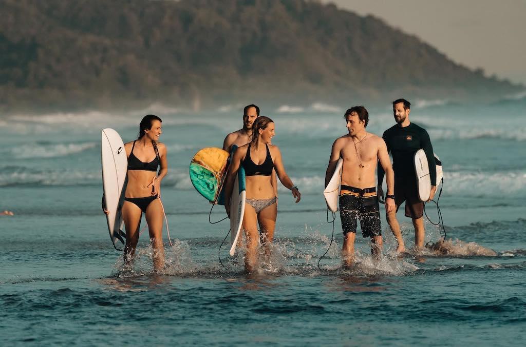 Costa Rica surf aan Playa Hermosa