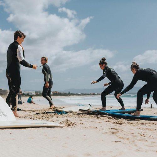 Surflessen voor beginners