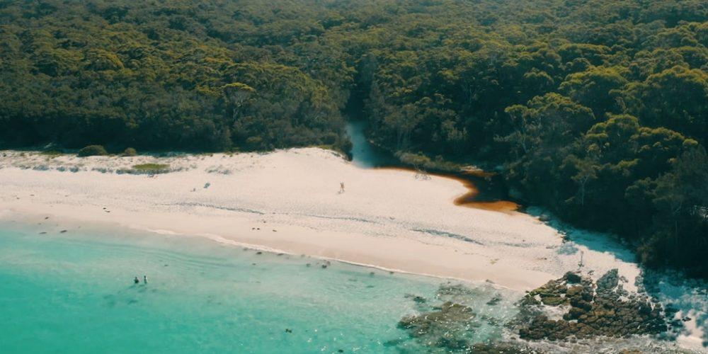 Verken Chinamans Beach tijdens werkvakantie