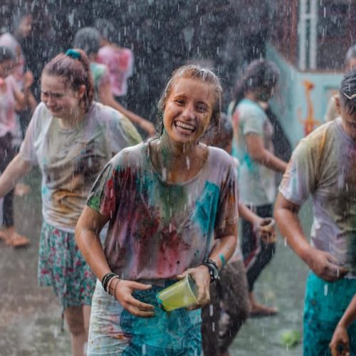 Feestdag op Bali tijdens vrijwilligerswerk