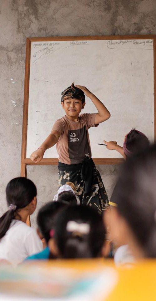 Engels lesgeven en geef de kinderen een betere toekomst