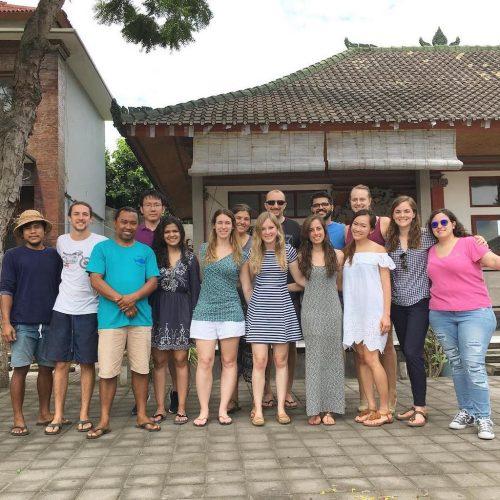 Vrijwilligers op Bali