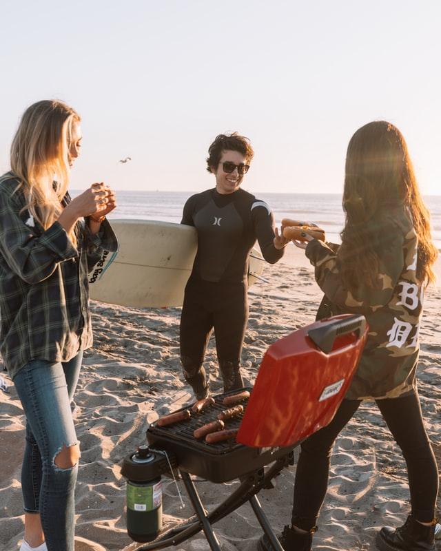 Surfvakantie en jongerenreizen met Oak Travel